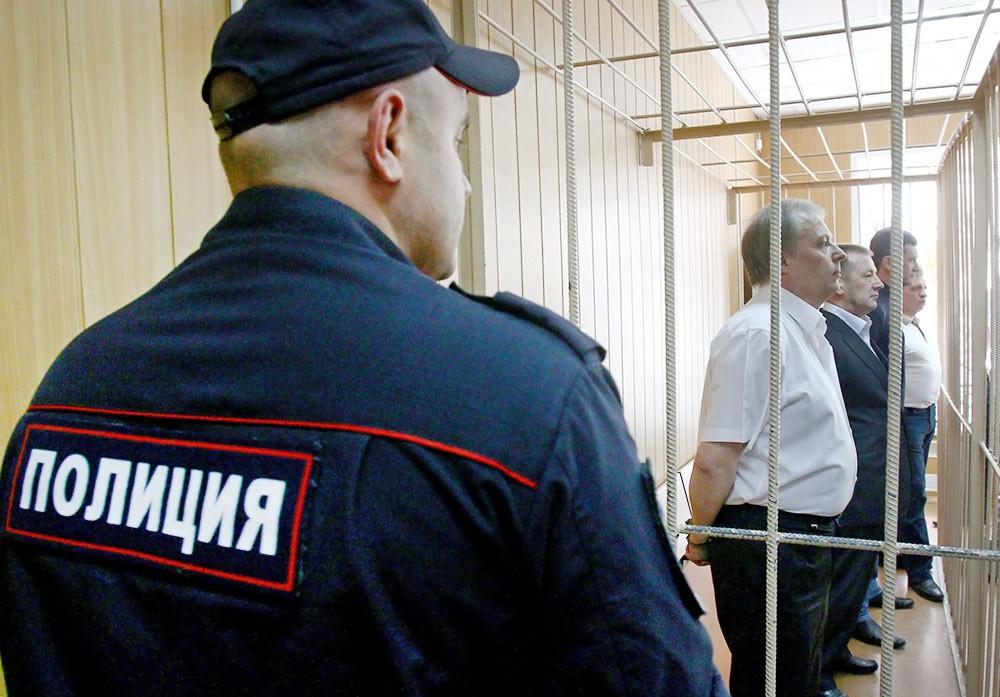 """Оглашение приговора пятерым фигурантам """"дела Славянки"""""""