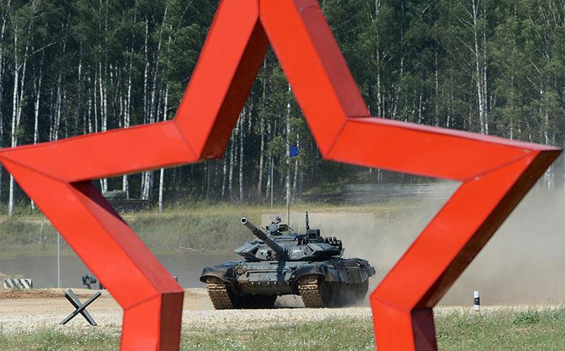 Танк Т-72Б3 армии России