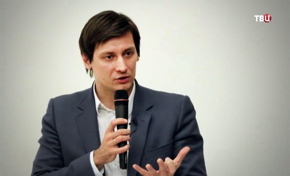 """Кандидаты от партии """"Яблоко"""" Дмитрий Гудков"""