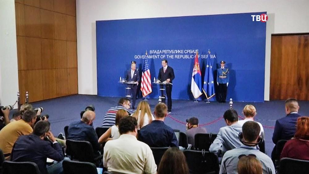 Премьер-министр Сербии Александр Вучич и вице-президент США Джо Байден