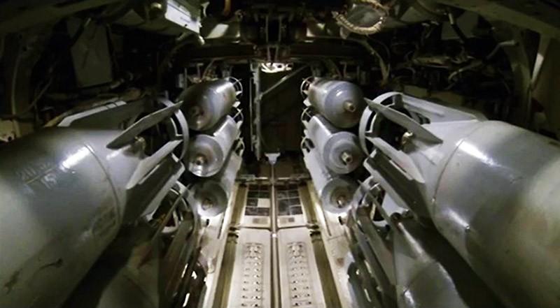 Нанесение авиаудара по позициям ИГ в Сирии