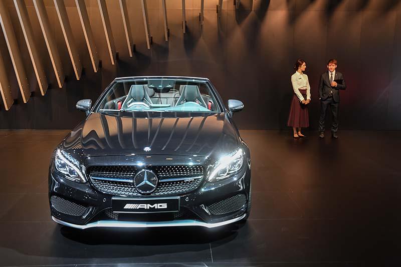 """Автомобиль """"Mercedes-Benz CL 32"""" на Московском международном автомобильном салоне-2016"""