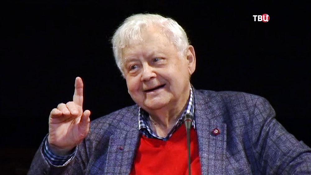 Худрук – директор Московского художественного театра имени А.П.Чехова Олег Табаков
