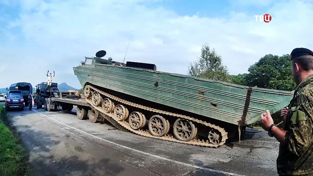 Военная техника в зоне паводка