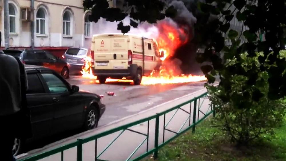 Возгорание автомобиля инкассации