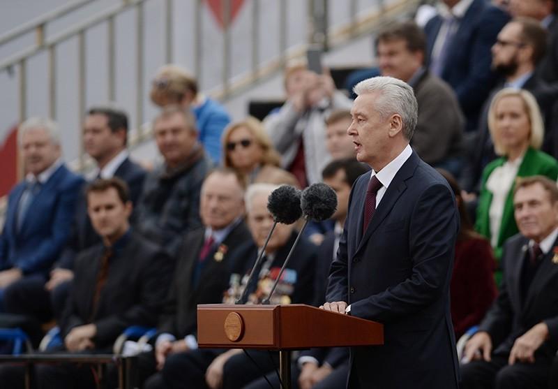 Мэр Москвы Сергей Собянин выступает на праздновании Дня города на Красной площади
