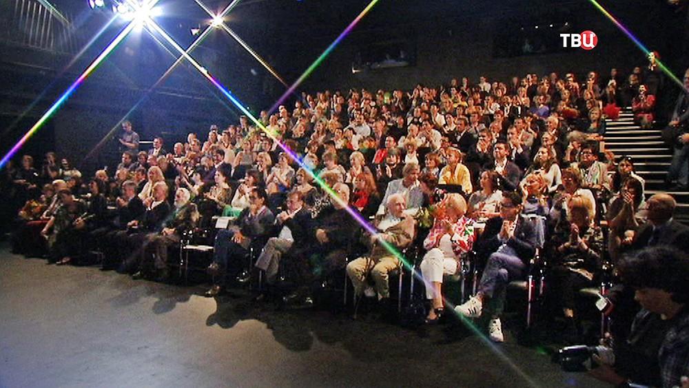 Сбор труппы театра Вахтангова