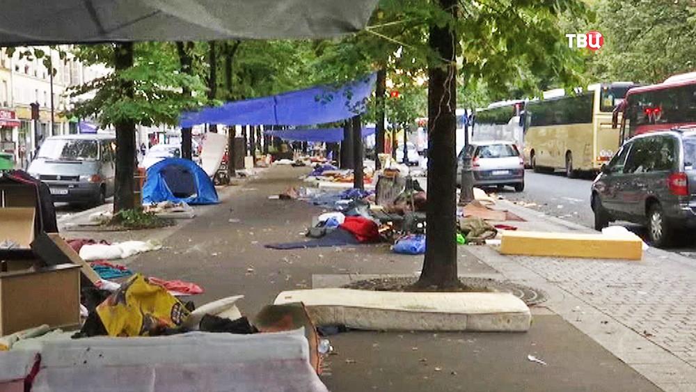 Палаточный лагерь мигрантов во Франции