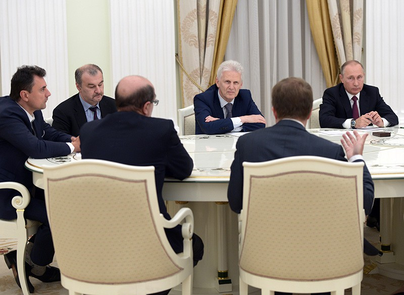 Президент России Владимир Путин во время встречи в Кремле с учёными