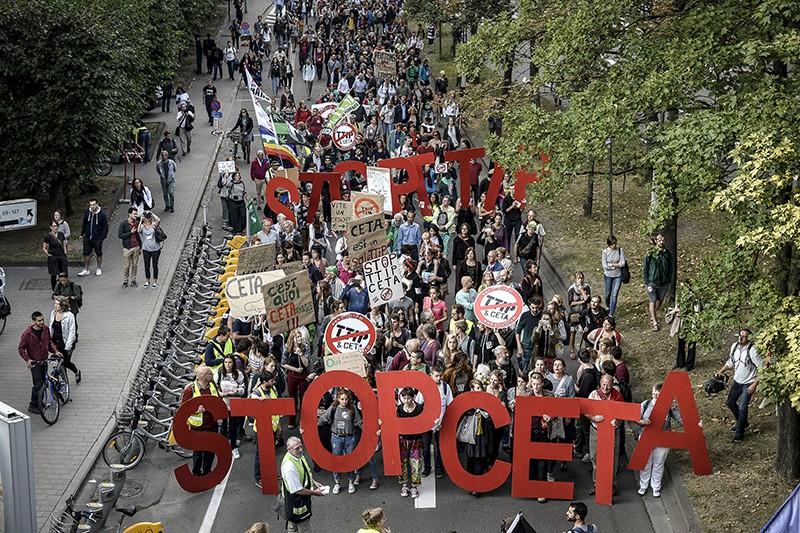 Протест против трансатлантической торговли и инвестиционного партнерства