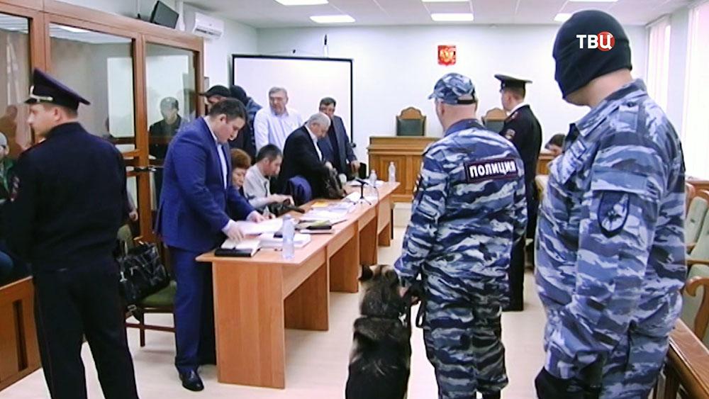Суд над обвиняемыми по делу об убийстве Бориса Немцова