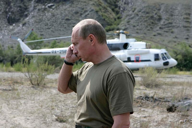 Президент России Владимир Путин в районе реки Хемчик (республика Тыва)