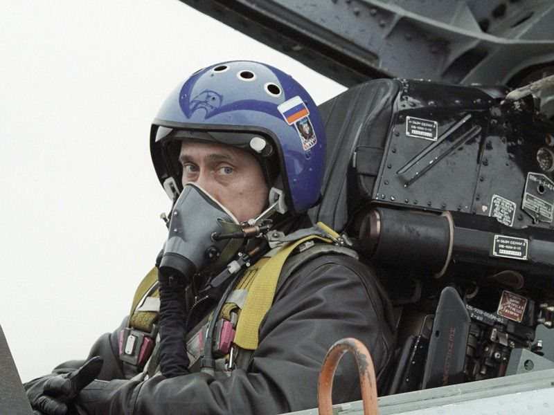 Владимир Путин за штурвалом Су-27, 2000 год