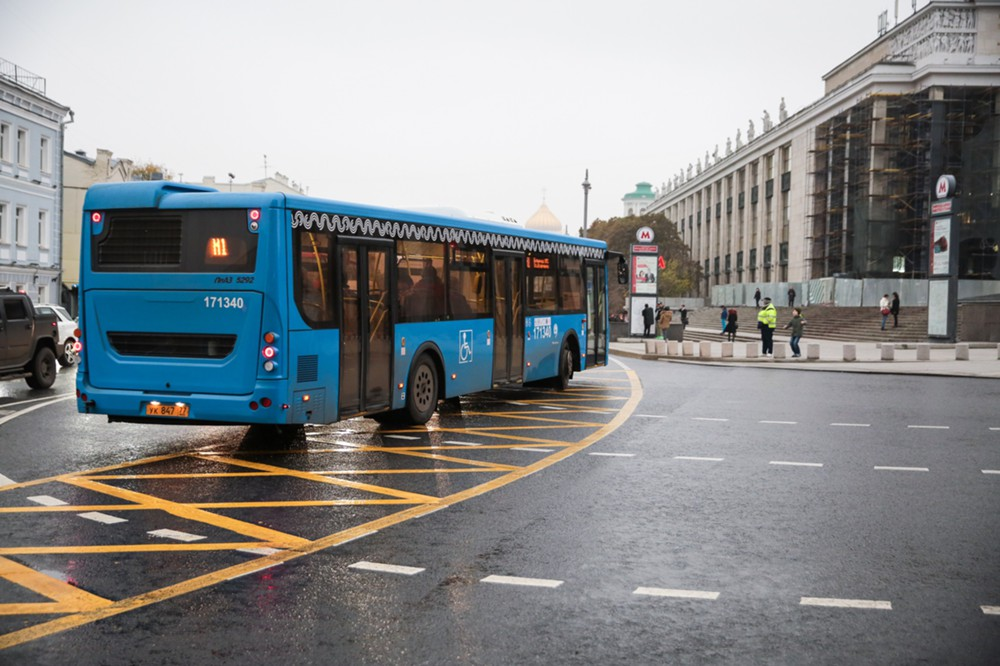 Новые выделенные полосы для общественного транспорта в центре Москвы