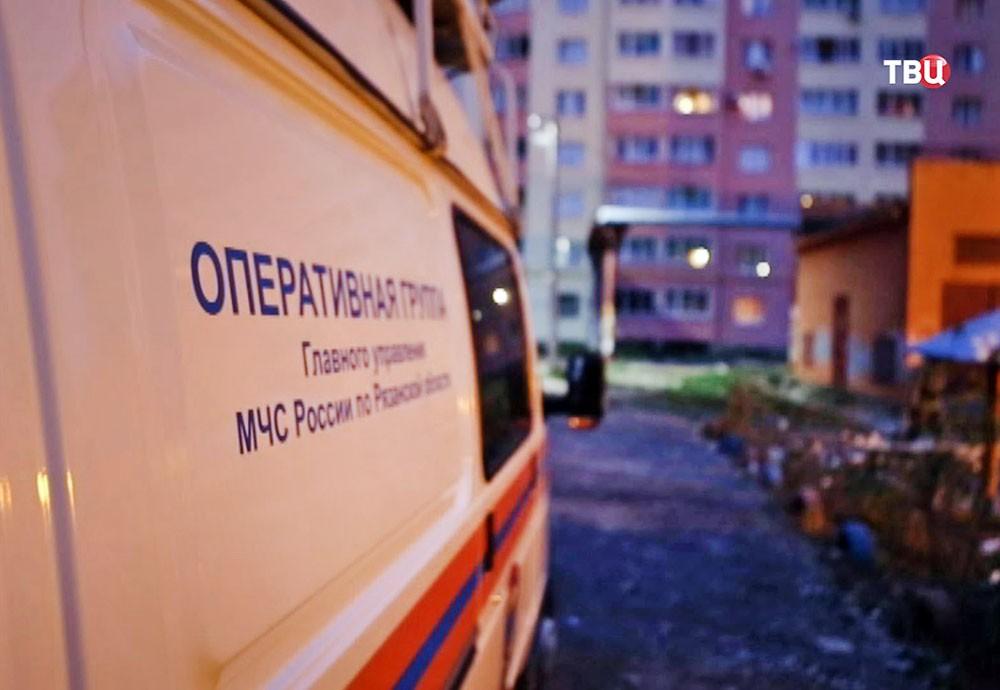 Спасатели МЧС  Рязани на месте происшествия