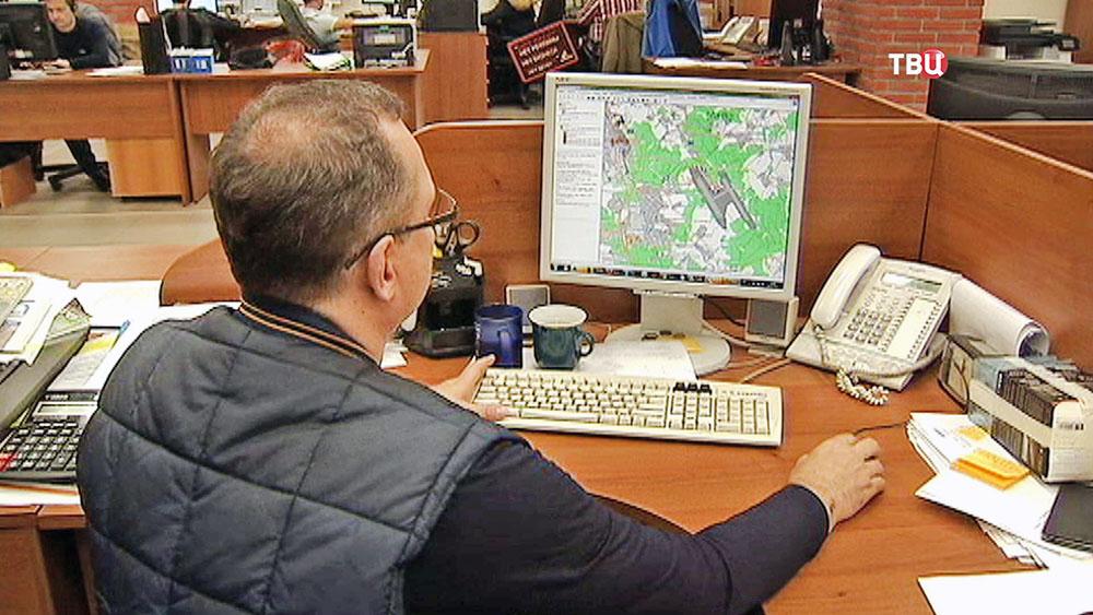 Карта местности на компьютере