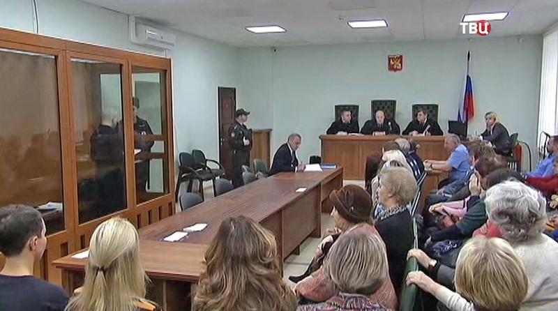 Хасан Закаев в зале суда