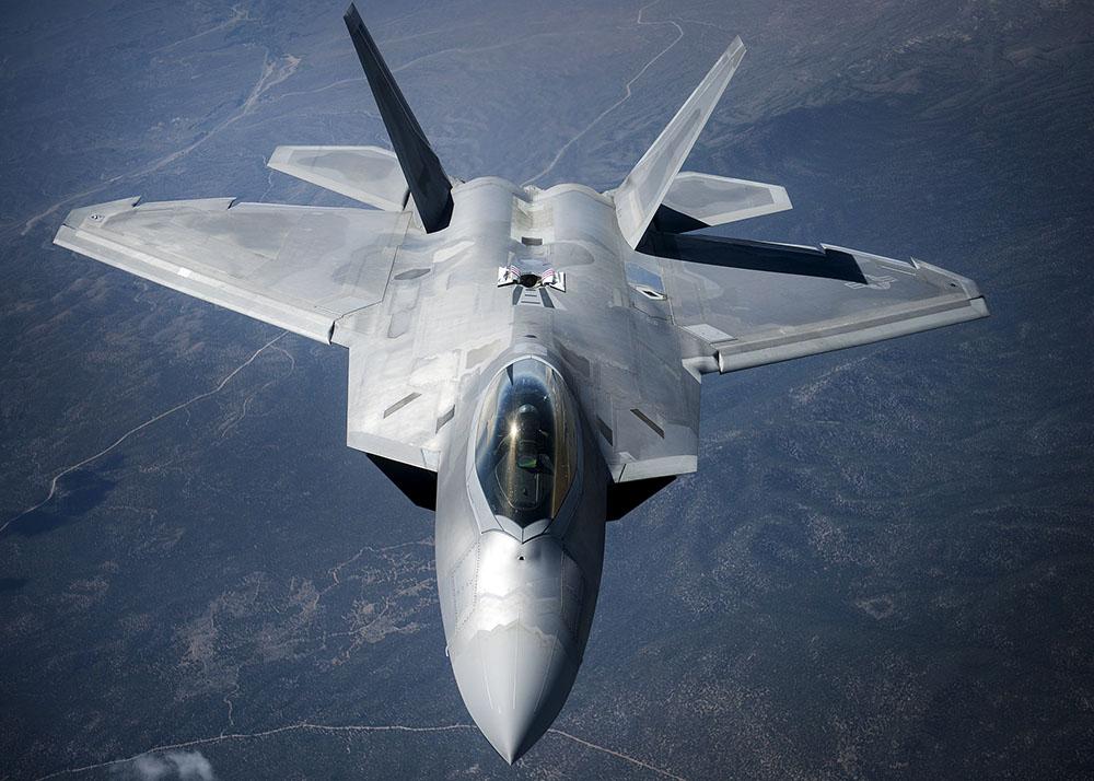 Самолет F-22 Raptor ВВС США