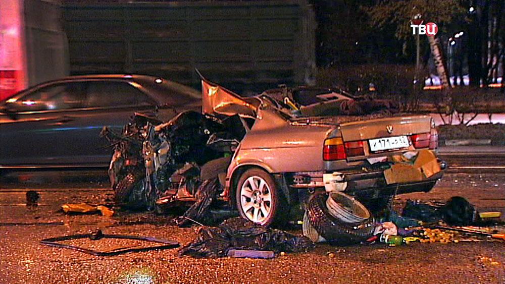 Последствия ДТП с участием автомобиля BMW