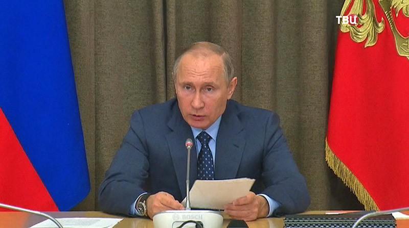 Путин потребовал учитывать в будущем полученный в Сирии опыт