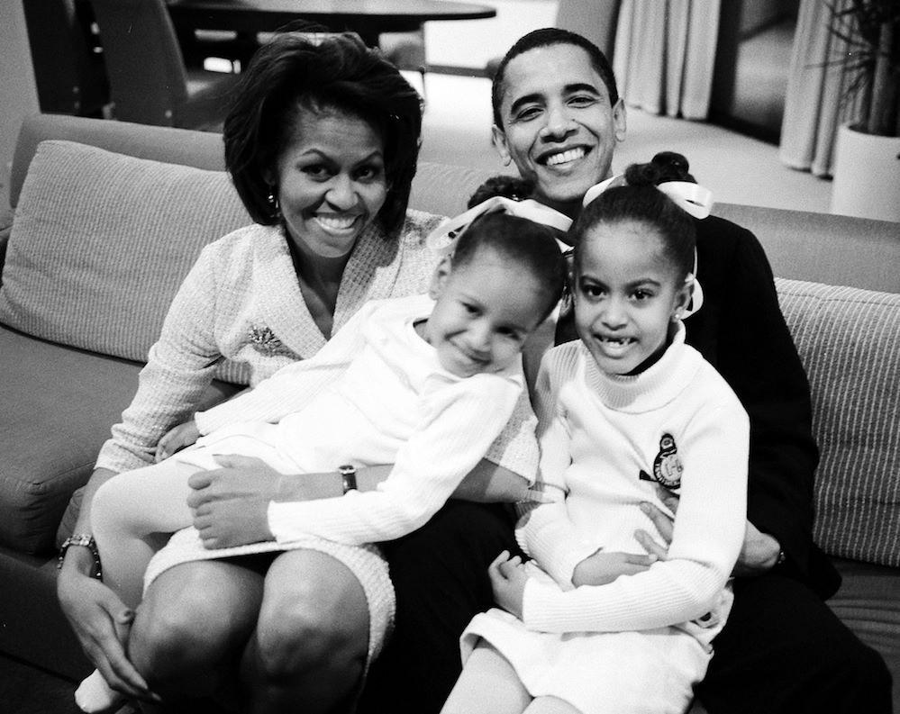 Барак и Мишель Обама с детьми