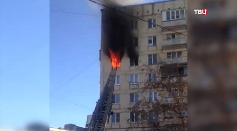 Пожар в многоэтажке на Воронцовской улице