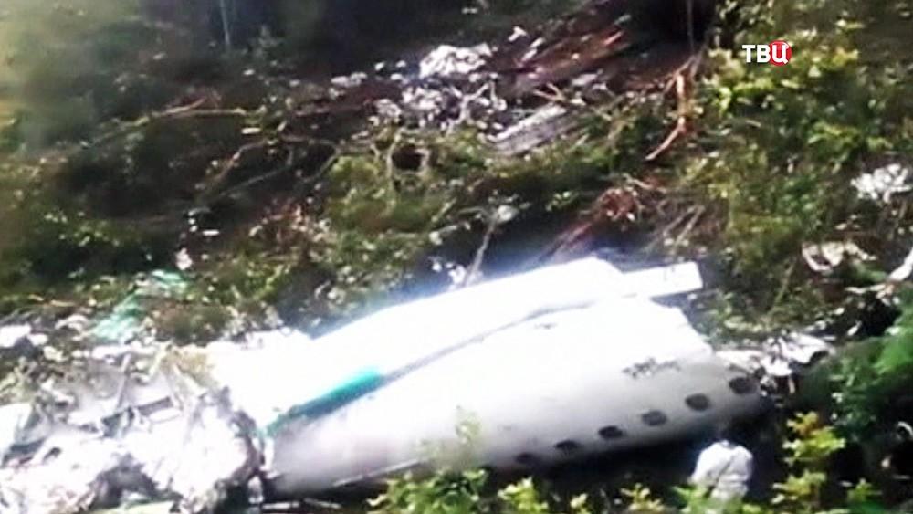Место крушения самолета в Колумбии