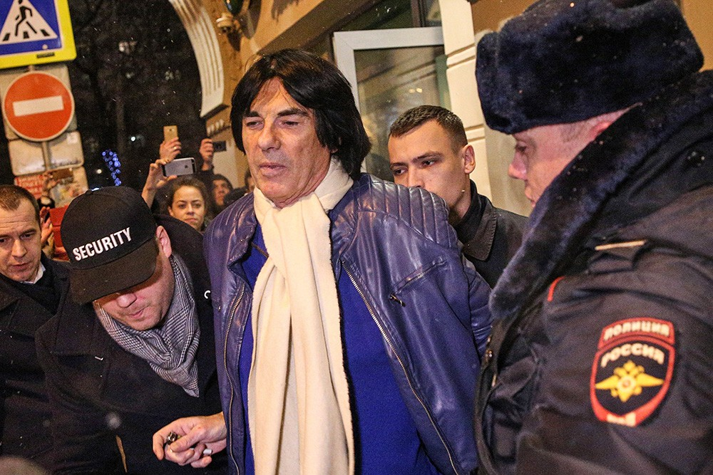 Задержание сотрудниками полиции адвоката Игоря Трунова и французского композитора Дидье Маруани