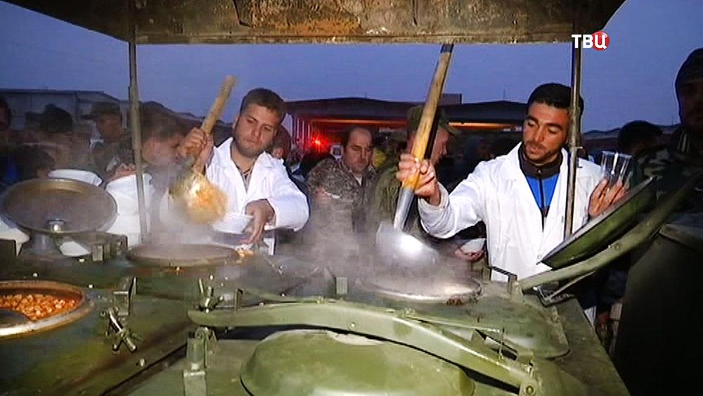 Полевая кухня для жителей Сирии
