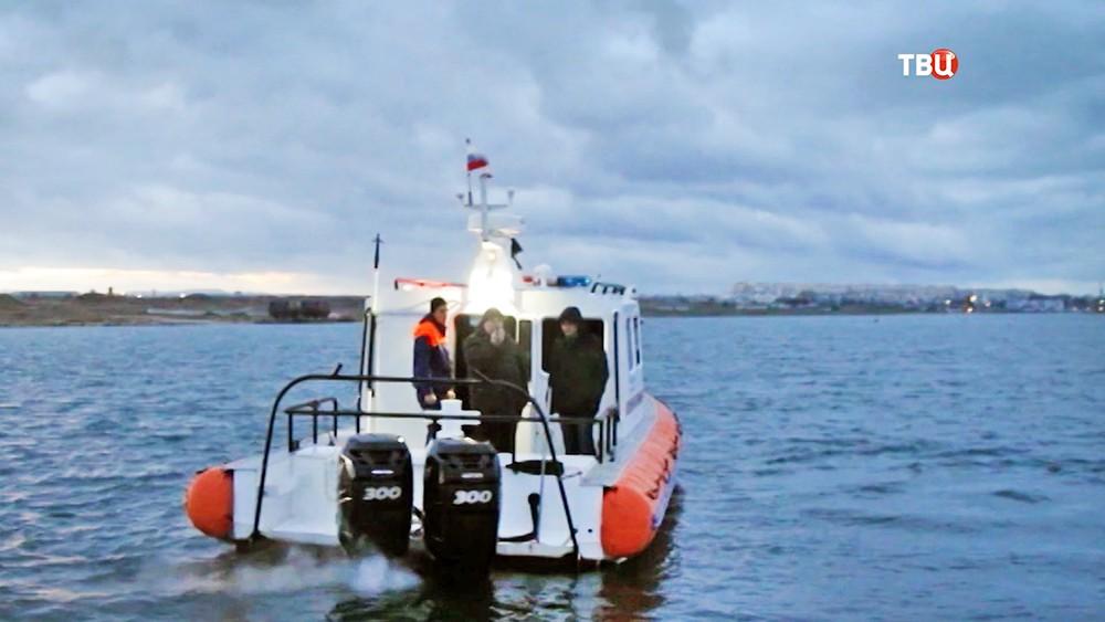 Катер МЧС на Черном море