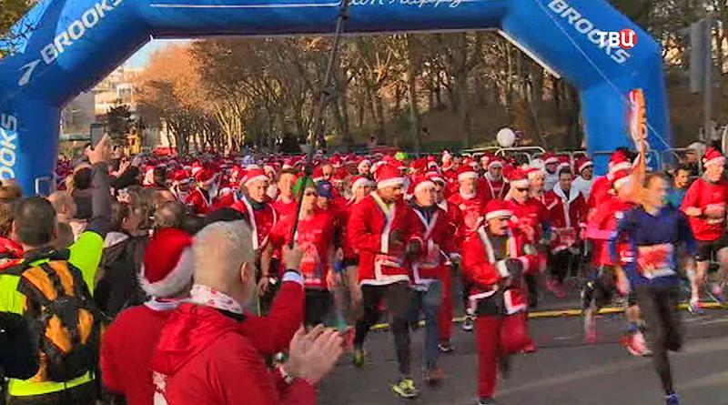 Забег Санта-Клаусов во Франции