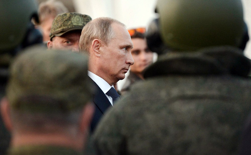 Президент РФ Владимир Путин на встрече с военнослужащими