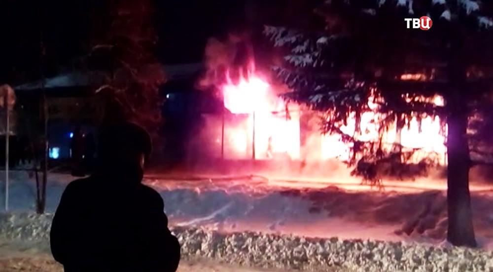 Возгорание здания универмага в городе Чистополь