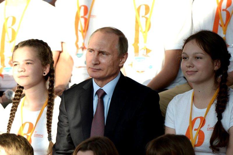 Владимир Путин и дети