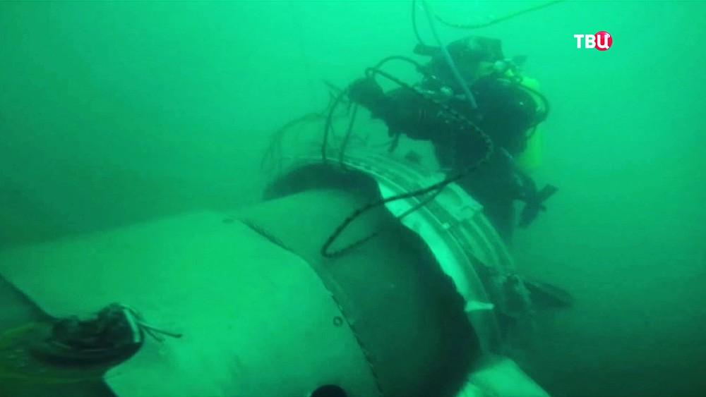 Работа водолазов на месте крушения Ту-154