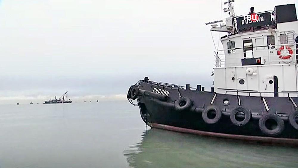 Поисково-спасательная операция МЧС России в море