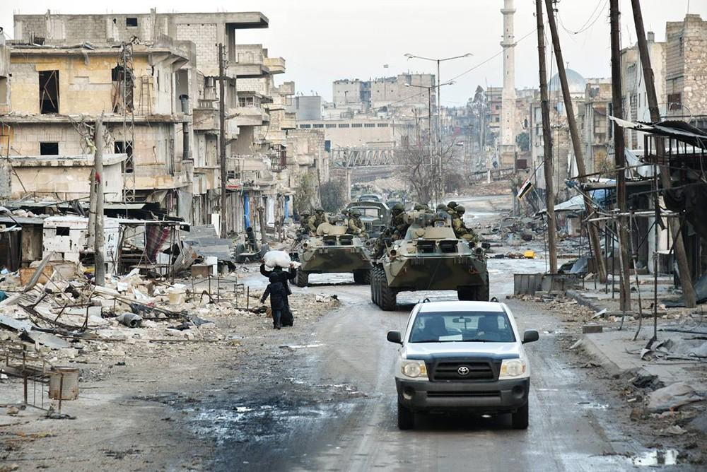 Российские военнослужащие в Алеппо