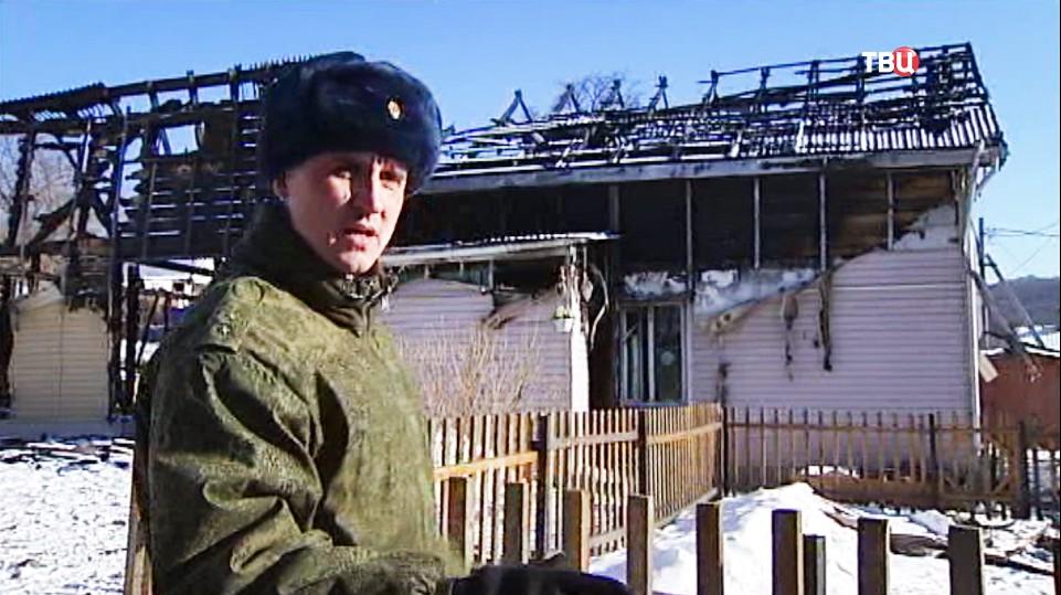 Пограничник Алексей Пузанов, спасший шестерых детей при пожаре