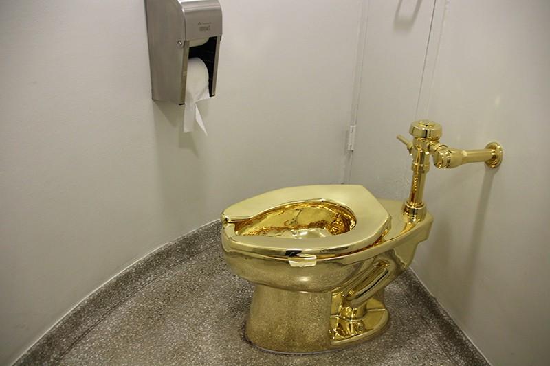 Картинки по запросу газпром и туалет картинки