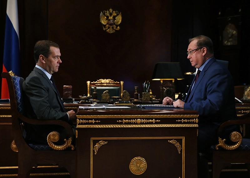 Дмитрий Медведев и Сергей Степашин во время встречи