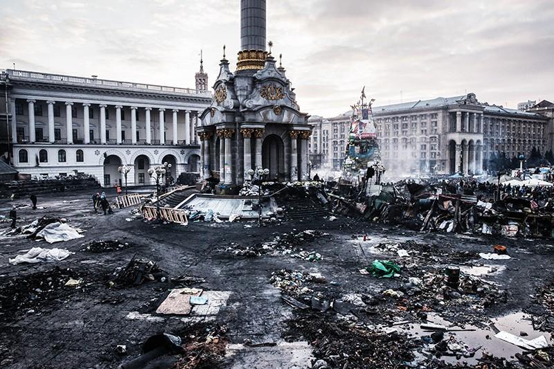 Площадь Независимости в Киеве во время беспорядков. Февраль 2014 г.