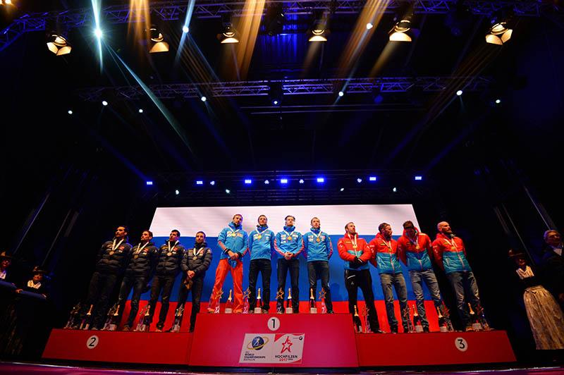 Призеры эстафеты среди мужчин на чемпионате мира по биатлону