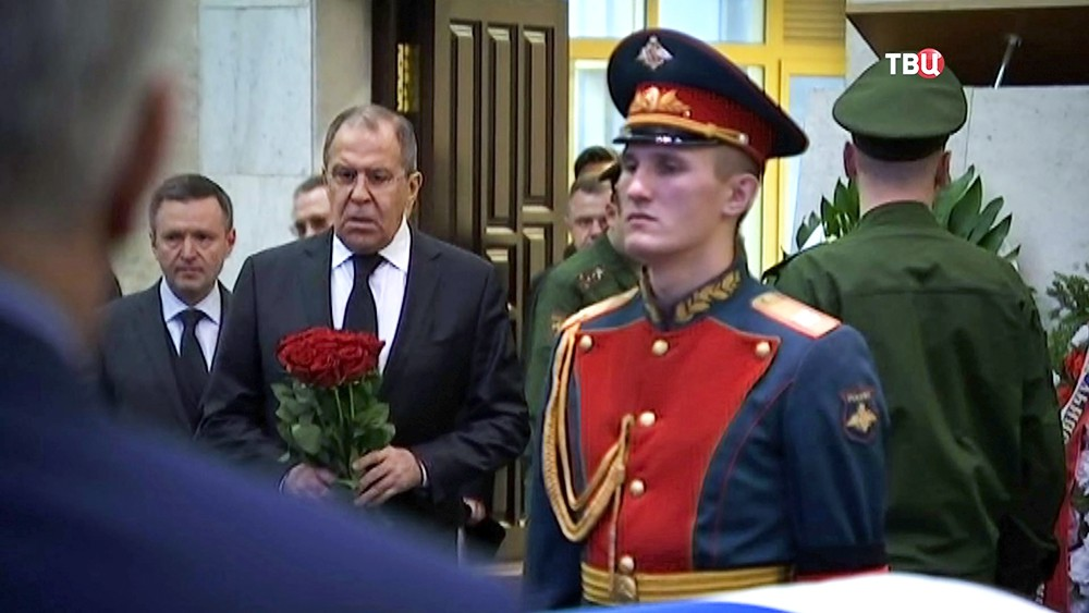 Сергей Лавров на церемонии прощания с Виталием Чуркиным