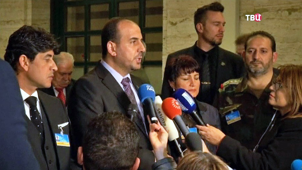 Представители Сирийской оппозиции на переговорах в Женеве