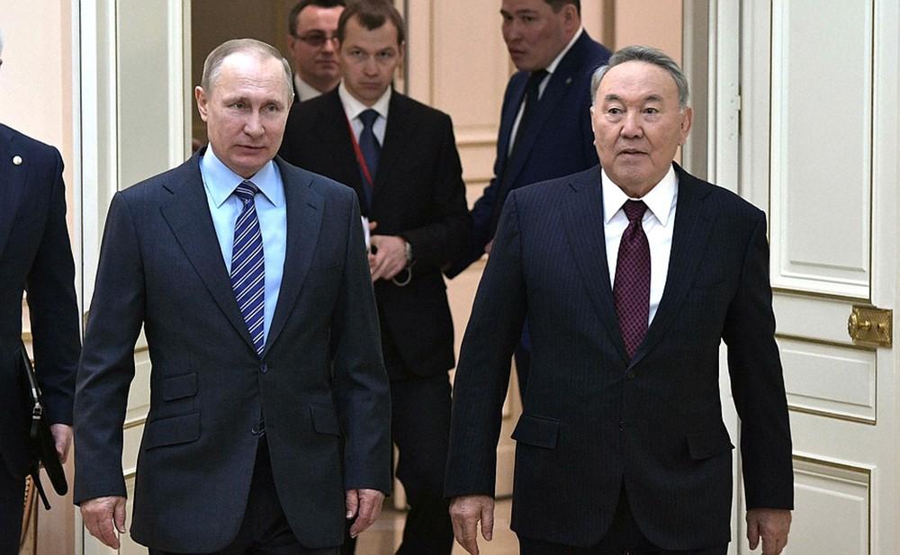 Президент России Владимир Путин и президент Республики Казахстан Нурсултан Назарбаев