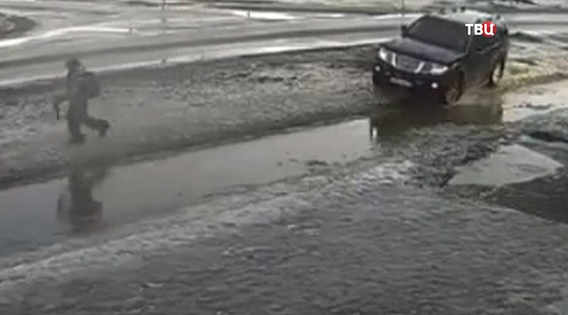 Водитель наезжает на ребенка в Ленобласти