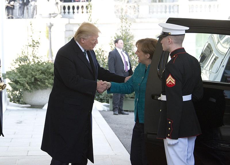 Президент США Дональд Трамп и канцлер Германии Ангела Меркель во время встречи