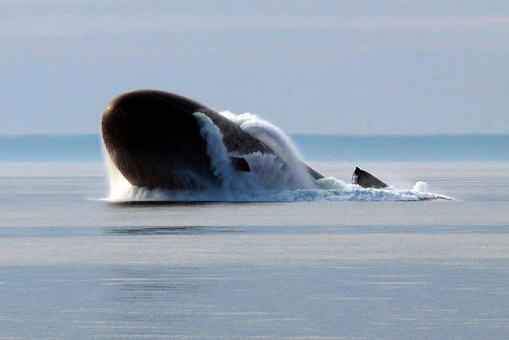 Всплывите российской подводной лодки
