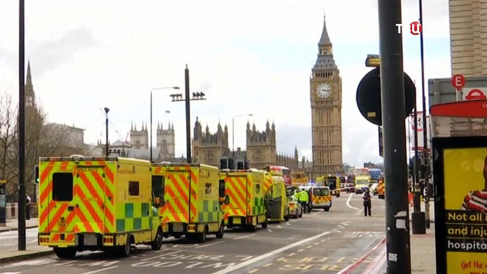 Экстренные службы на месте теракта в Лондоне