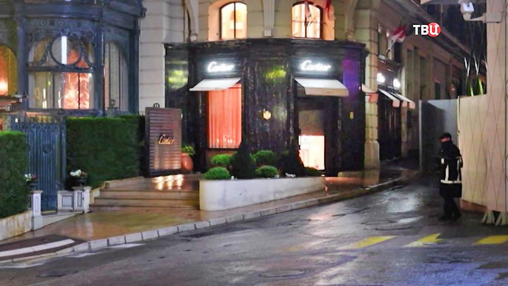 Ограбленный ювелирный магазин в Монако